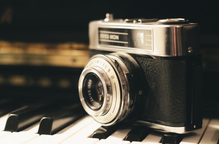 camera-lens-old-1191